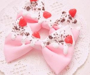 strawberry, bow, and kawaii image
