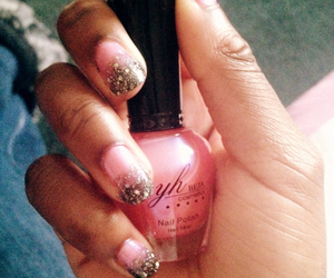 nails, sparkle, and pink image