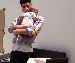 zayn malik, one direction, and baby image