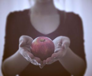red apple image