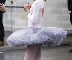 ballet, black swan, and natalie portman image