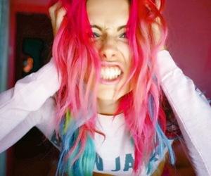 model, pink, and chloe norgaard image