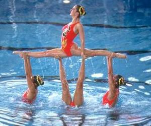 beautiful, crazy, and natation synchronisée image