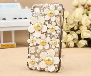 beautiful, cases, and daisy image