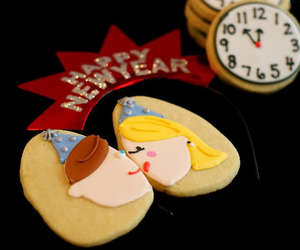 Cookies, kiss, and new year image