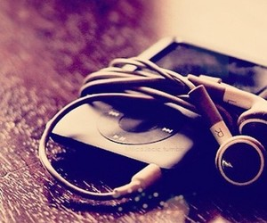 music and ipod image