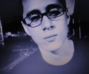 lips, can, and glasses image