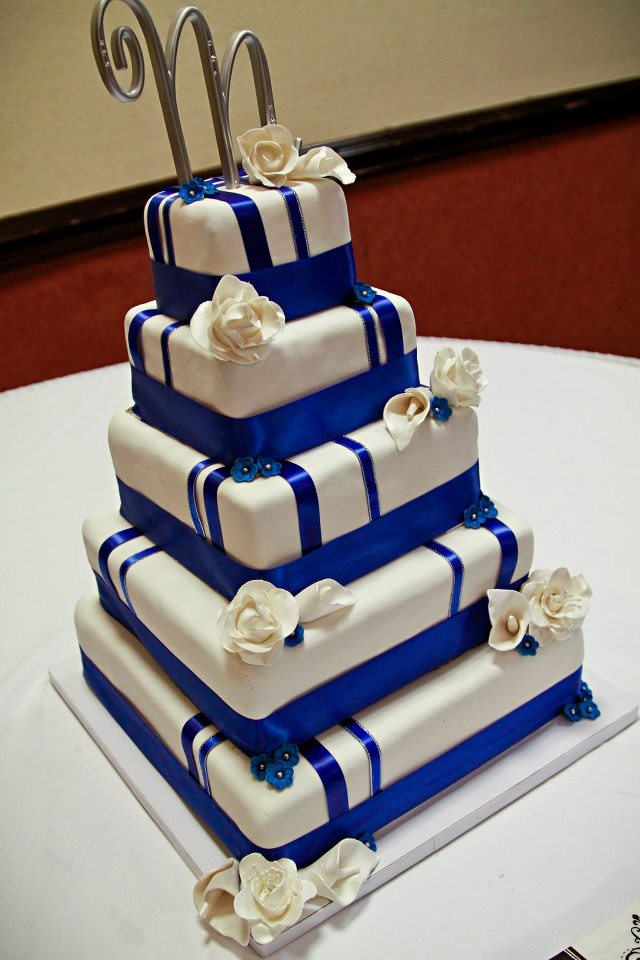 Royal Blue And White Wedding Cake On We Heart It