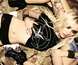 girl, singer, and taylor monsen image