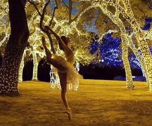 light, ballet, and dance image