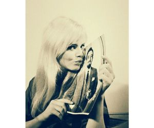 britt ekland, kiss, and Peter Sellers image