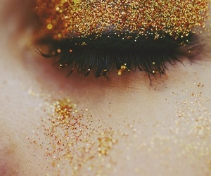 eye, 2014, and glitter image