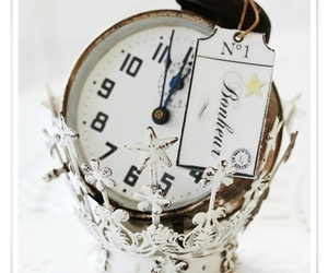 vintage, crown, and time image