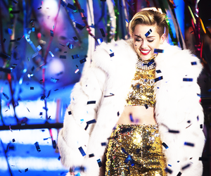 miley cyrus, miley, and new year image