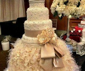cake, gorgeous, and wedding image
