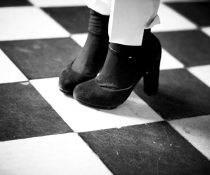 checkers, fashion, and heels image