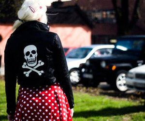black leather, psychobilly, and rockabilly girl image