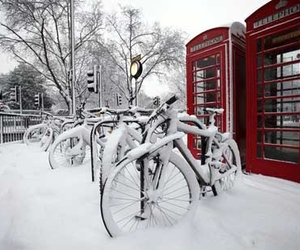 london and snow image