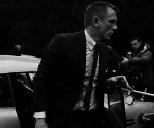 daniel craig on set image