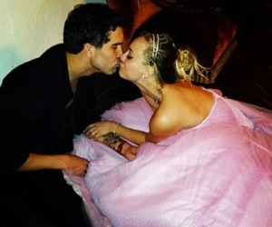 wedding, kayley cuoco, and love image