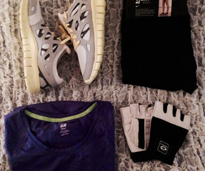 clothes, hm, and nike image