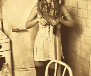 drew barrymore and refrigerator image