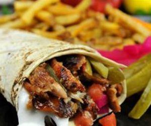 food, yummy, and شاورما image