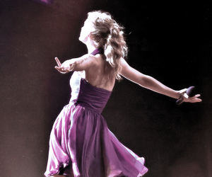 Taylor Swift, speak now, and speak now tour image