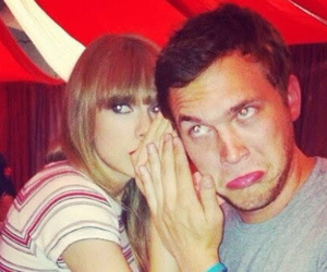 Taylor Swift and phillip phillips image