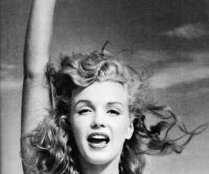 beautiful, celebrity, and marilyn image