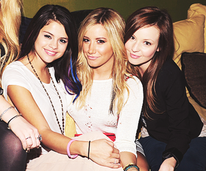 ashley tisdale, selena gomez, and friends image