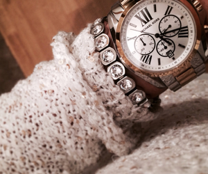 Braclet, fashion, and michaelkors image