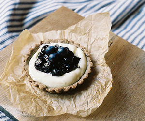food, vintage, and blueberry image