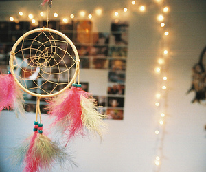 dream catcher, light, and dreamcatcher image