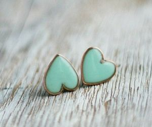 hearts and earings image