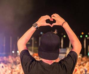 avicii, heart, and music image