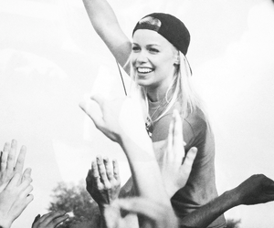 tonight alive and jena mcdougall image