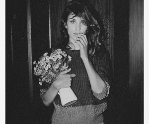 alexa chung, model, and flowers image