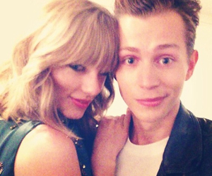 Taylor Swift, james mcvey, and the vamps image