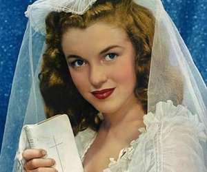 Marilyn Monroe, bride, and wedding image