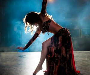 arabian, love, and belly dance image