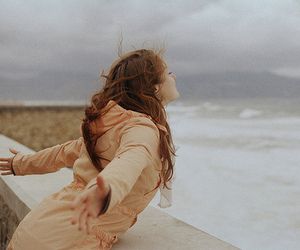girl, vintage, and wind image