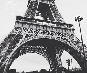 Eiffel Tower | via Tumblr