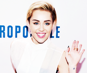 miley cyrus, smile, and perfect image