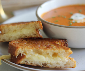 food and grilled cheese image