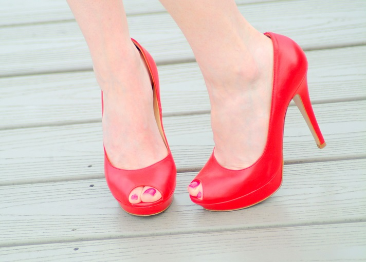 blogger, heels, and red image