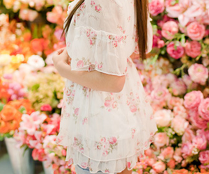 fashion, floral print, and flowers image
