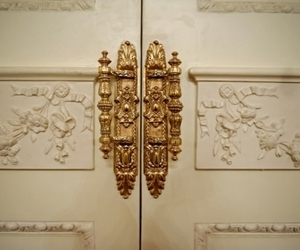 door and gold image