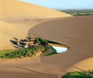 china, dunhuang, and lago crescent image