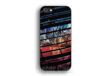 pink iphone case, geometry iphone 4s case, and iphone 4s case image